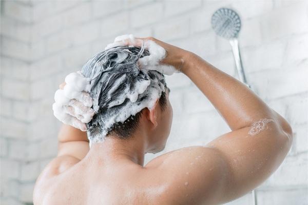 男性も歓迎のシャワー完備の整体サロン