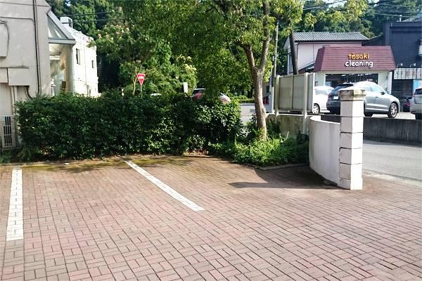 ハーモニーアロマつくば店の第一駐車場
